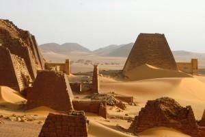 Piramidi di Meroe, viaggio in Sudan