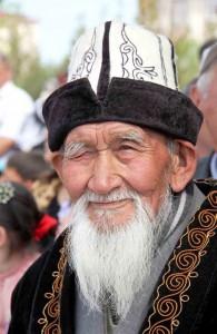 uomo kyrghizo