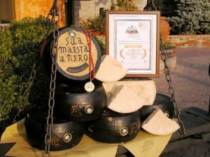 Sua Maestà il formaggio Nero